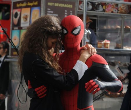 Zendaya-Tom-Holland-1024x856.jpg